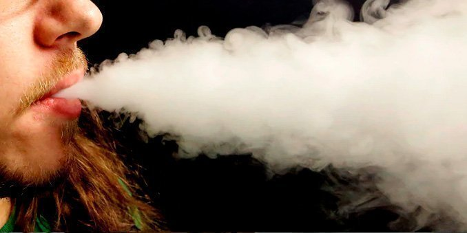 Vaping lung injuries top 1,000 cases as deaths rise to 18